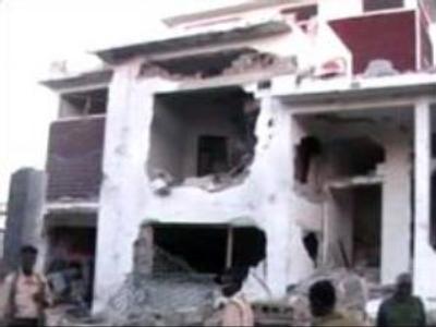 Bomb kills at least six outside Somali PM's house