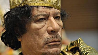Gaddafi on TV as rebels claim he's trapped