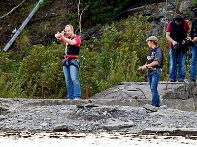 Anders Breivik back to Utoya Island for a crime re-enactment (from www.dagbladet.no)