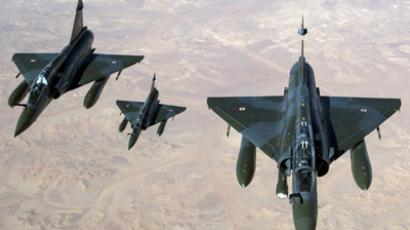 A picture released by the French Army Communications Audiovisual office (ECPAD) on January 12, 2013 shows French Mirage 2000 D aircrafts flying over Mali overnight January 11 to 12, after taking off from the French military base of N'Djamena, in Chad. (AFP Photo / Nicolas-Nelson Richard)