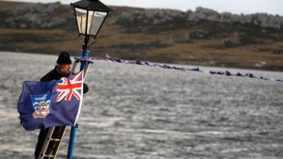 Argentina says it will control Falklands within 20 years