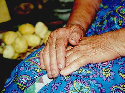 Old lady's poverty melts iron hearts of burglars