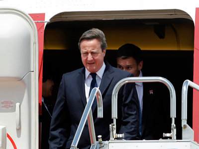 Cameron to bolster weapons sales to Indonesia