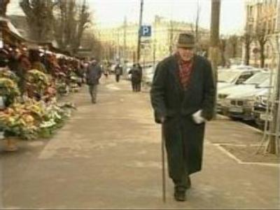 Catch-22 for Russian elderly in Baltics