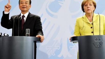 Germany, Berlin: German Chancellor Angela Merkel and Chinese Prime Minister Wen Jiabao address a press conference at the chancellory in Berlin on June 28, 2011 (AFP Photo / John Macdougal)
