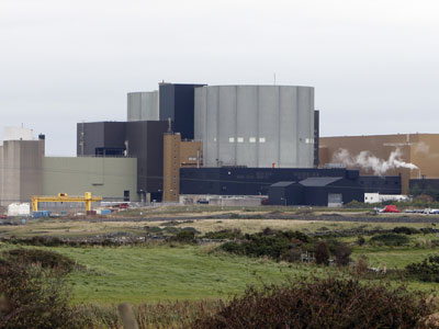 Wylfa Nuclear Power Station is pictured near the village of Cemaes in Anglesey (UNITED KINGDOM), on October 6, 2008. The Magnox type of nuclear reactor is the largest of its kind and has operated since 1971.(AFP Photo / Paul Ellis)