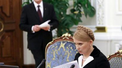 Bitter infighting in Ukraine escalates beyond borders