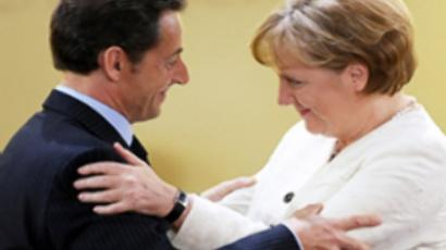 Angela Merkel (R) and French President Nicolas Sarcozy (AFP Photo / Juergen Schwarz)