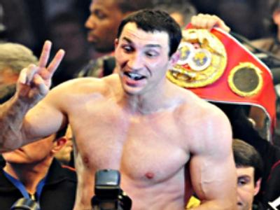 Dr Steelhammer retains heavyweight title