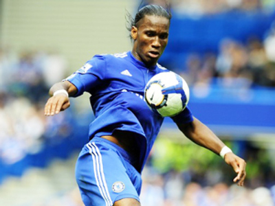Drogba brace saves Chelsea season debut