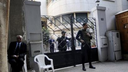 Egyptian army preparing for crackdown?
