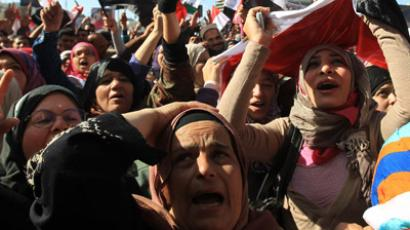 Egyptian women demonstrate in Cairo's Tahrir Square on January 27, 2012 (AFP Photo/Khaled Desouki)