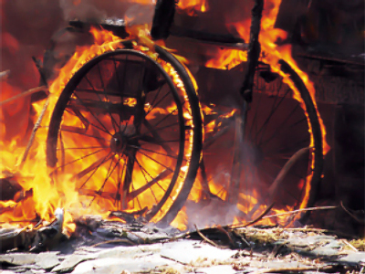 Faulty wheelchair blamed for disabled man's fiery death