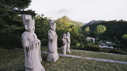 North Korea, near Gaeseong, statues around the tomb of King