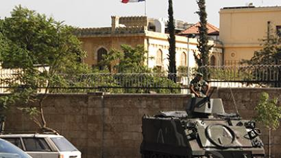 Lebanese army soldiers secure the area around the Pine Residence, the official residence of the French ambassador to Lebanon, in Beirut. (Reuters/Mohamed Azakir)
