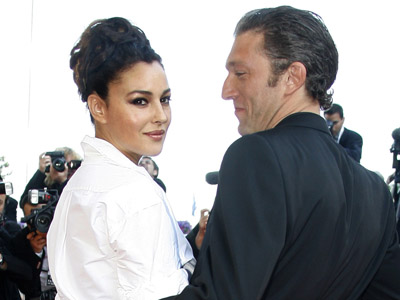 Monica Bellucci and Vincent Cassel (Reuters/Eric Gaillard)
