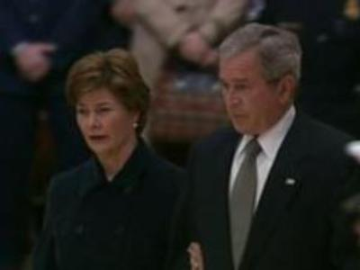 George Bush visits Gerald Ford's funeral