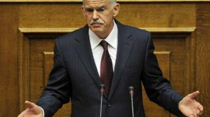 Athens : Greek Prime Minister George Papandreou speaks during a debate on the confidence vote at the Greek Parliament, in Athens, on November 4, 2011.  (AFP Photo / Louisa Gouliamaki)