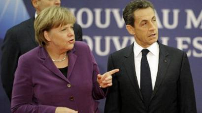 Angela Merkel (L) and Nicolas Sarkozy in Cannes, France, on November 2, 2011 on the eve of the G20 Summit of Heads of State and Government (AFP Photo  / Lionel Bonaventure