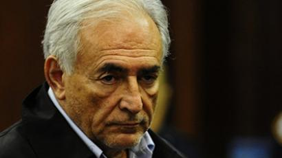 Strauss-Kahn lawyers meet NY prosecution