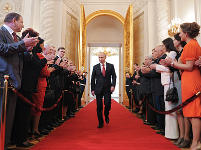 May 7, 2012. President-elect Vladimir Putin, center, enters St Andrew Hall of the Grand Kremlin Palace during the inauguration ceremony (RIA Novosti / Alexsey Druginyn)