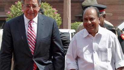 US Defense Secretary Leon Panetta (L) arrives with India's Defence Minister A.K. Antony to attend his ceremonial reception in New Delhi June 6, 2012 (Reuters/Adnan Abidi)