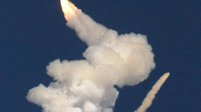 An Indian Geosynchronous Satellite Launch Vehicle carrying the communication satellite GSAT- 5P (Reuters / Babu)
