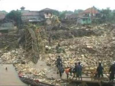 Indonesia to disinfect flood-stricken capital