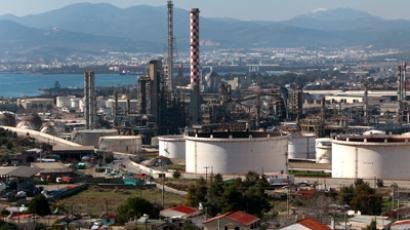 A general view of the Hellenic Petroleum refineries (REUTERS/John Kolesidis)