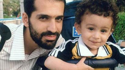 An undated handout file picture obtained from the Iranian Fars News Agency shows Iranian nuclear scientist Mostafa Ahmadi-Roshan, who was reportedly killed in Tehran on January 11, 2012 posing with his son, Alireza in an unidentified location (AFP Photo / HO / Fars News)