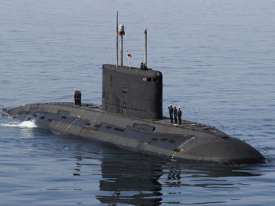 Iran subs poised to torpedo US warships in Gulf