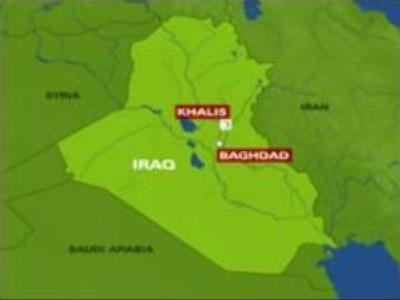 Iraqi suicide bomber kills at least 32