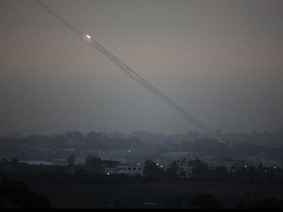 A picture taken from the southern Israeli border with the Gaza Strip shows a rocket being launched from the Gaza Strip into Israel on November 17, 2012 (AFP Photo / Menahem Kahana)
