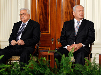Mahmoud Abbas (L) and Benjamin Netanyahu (Reuters / Jason Reed)