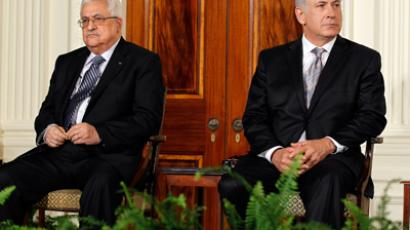 Mahmoud Abbas (L) and Benjamin Netanyahu (Reuters / Jason Reed)