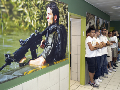 Israeli teachers paid for military recruitment