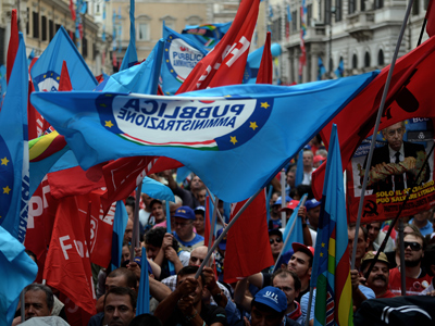 'Stop hitting the weakest': Italian workers kickoff anti-austerity general strike