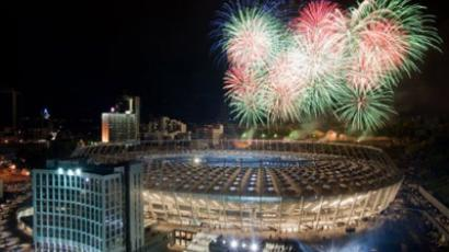 Fireworks light up the sky above the newly reconstructed Olympiyskiy Stadium during opening ceremony in Kiev on October 8, 2011. (AFP Photo / Sergey Polezhaka)