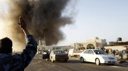 Gaddafi gaining ground in battle, losing on information front
