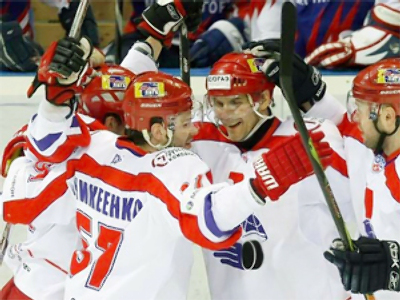 Lokomotiv first to reach KHL final