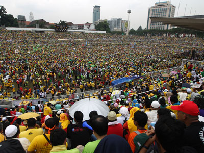 Thousands of protesters gather at the historical Stadium Merdeka (Independence Stadium) during a rally for electorial reforms in Kuala Lumpur.(AFP Photo / Mohd Rasfan)