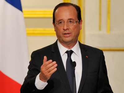 France's President Francois Hollande speaks at a news conference at the Elysee Palace in Paris, May 29, 2012 (Reuters/Philippe Wojazer)