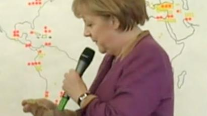 Angela Merkel had a spot of trouble finding Berlin (Video from YouTube, uploaded by johankoss1 user)