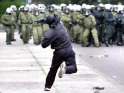 More clashes expected ahead of G8 summit