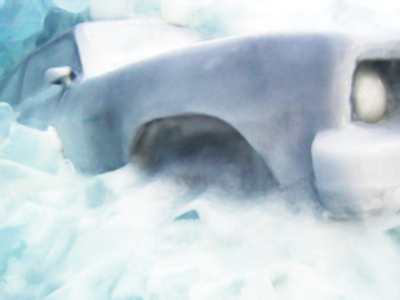 Moscow car crashes into icy pond