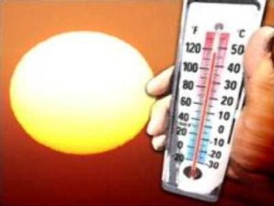 Moscow longs for heat wave to pass