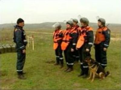 Moscow specialists demining Chechnya
