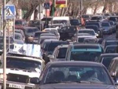 Moscow tries to solve traffic congestion problem