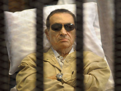 Egyptian court accepts appeal for ex-President Mubarak over life sentence, orders retrial