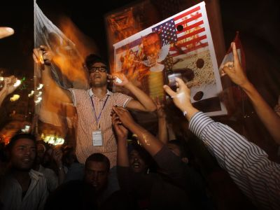 Egypt military use ailing Mubarak as scapegoat?